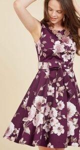 Modcloth Dresses - Modcloth Girl Meets Twirl Dress
